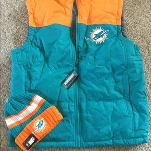 New! Miami Dolphins vest/hat size large reversible
